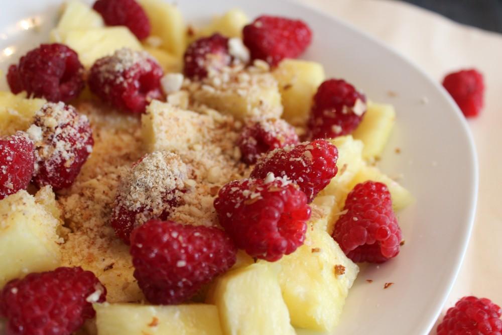 Basisches Ananas-Himbeer-Müsli