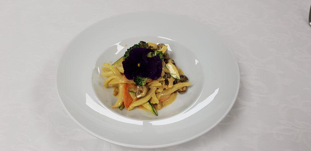 Basisches Wokgemüse aus der Rosenalp