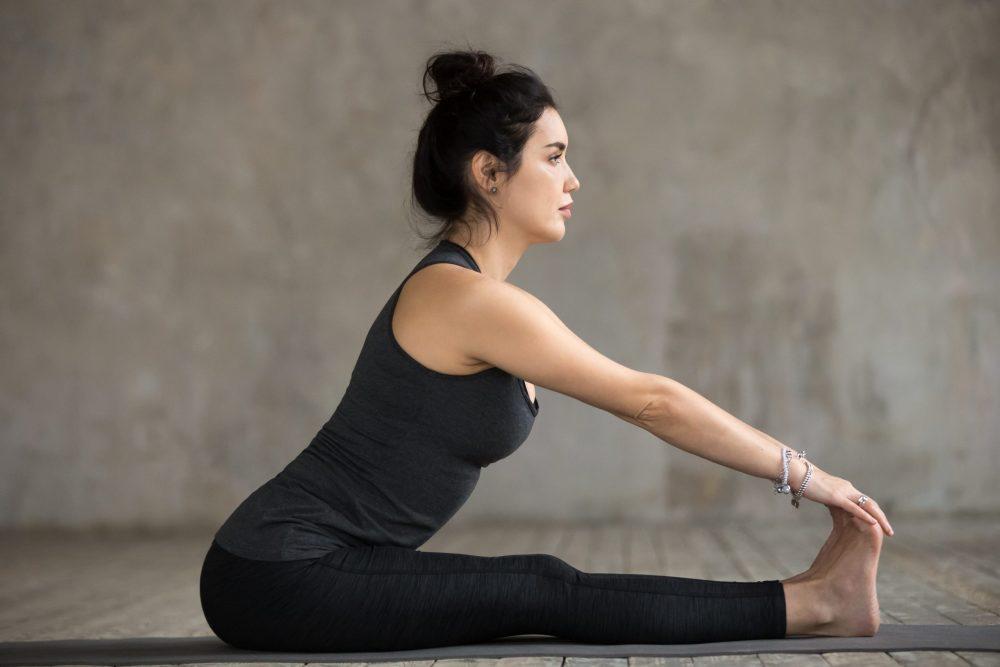 Yoga: Vorwärtsbeuge
