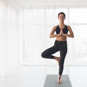 Yoga: der Baum