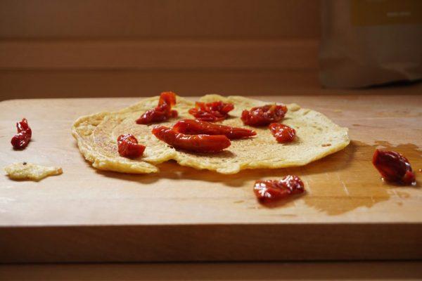 Basische Pfannkuchen aus gekeimtem Kichererbsenmehl