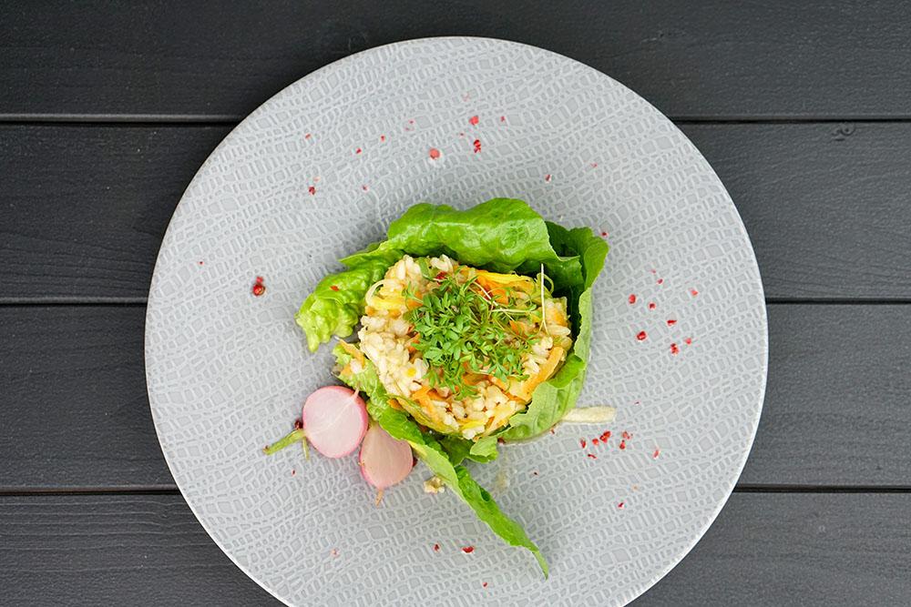 Gekeimter Reis mit Karotte, Petersilienwurzel & Rettich
