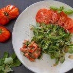 Portulak-Salat mit Fleischtomaten