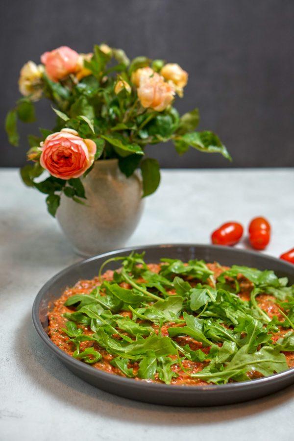Wacker Pizza aus gekeimtem Kichererbsenmehl