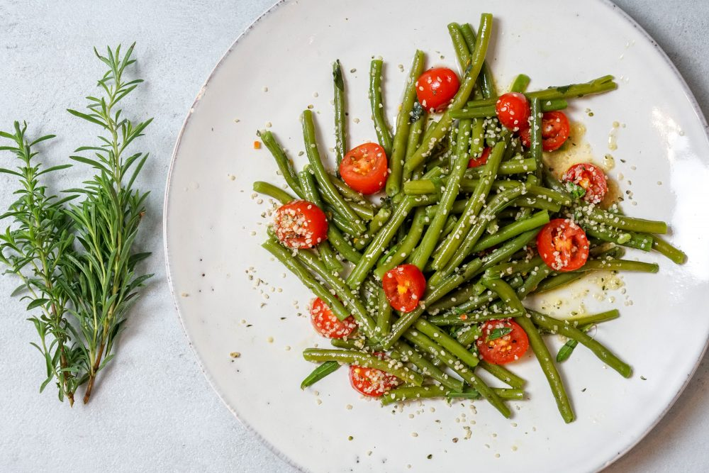 Buschbohnen Salat mit Kirschtomaten