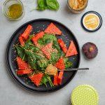 Babyspinatsalat mit Wassermelone