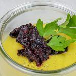 Kartoffelcreme Suppe mit Rote Bete Chip