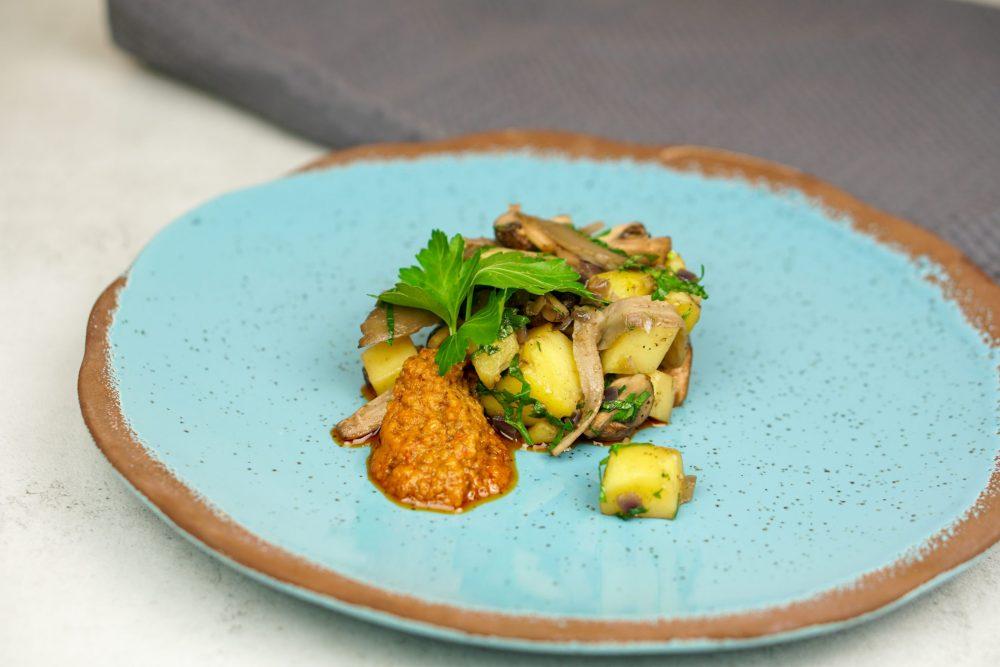 Gebratene Pilze mit Kartoffelwürfel & Petersilie
