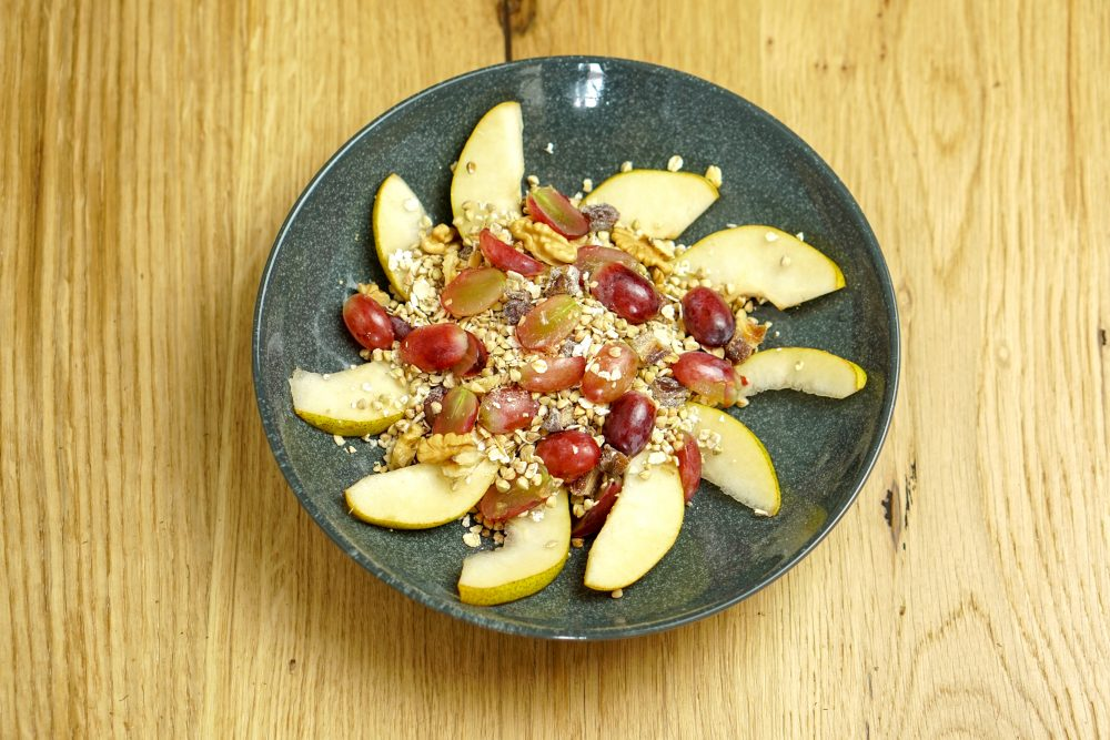 Kohlenhydrate: Obst und Wacker Müsli