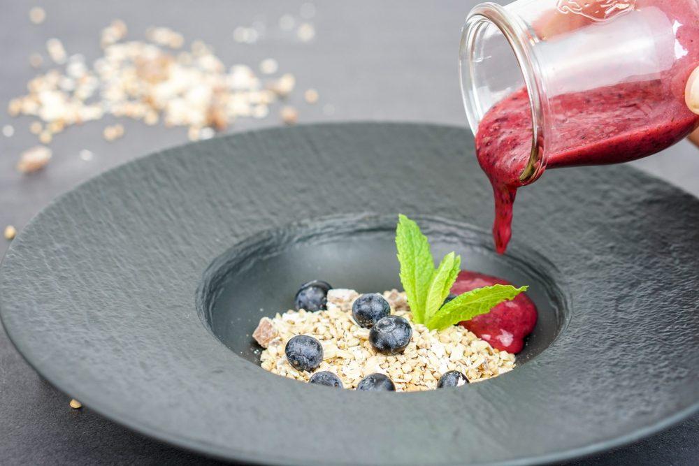 Gekeimtes Müsli mit Blaubeere & Erdbeere