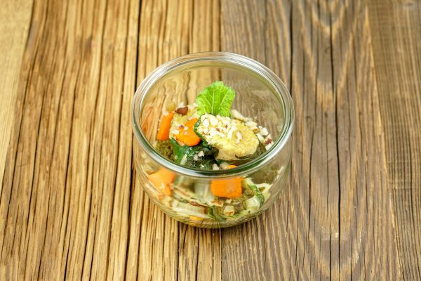 Pak Choi Röllchen mit Karotte, Pastinake & Kichererbsenmehl