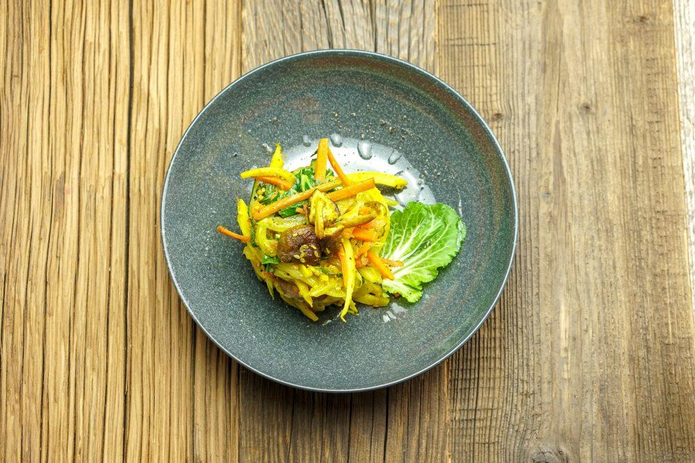 Pak Choi mit Karotten, Pastinake & Shiitake Pilzen