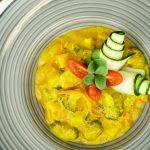 Gemüsecurry aus Brokkoli, Kohlrabi, Zucchini & Karotte