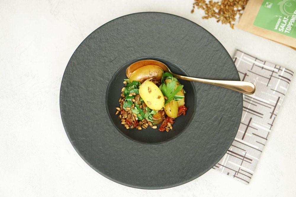 Gebackene Kartoffeln mit Mangold & getrockneten Tomaten3