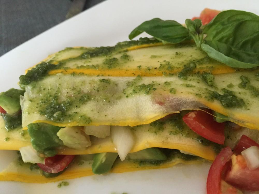 Schichtung der Zucchini-Lasagne
