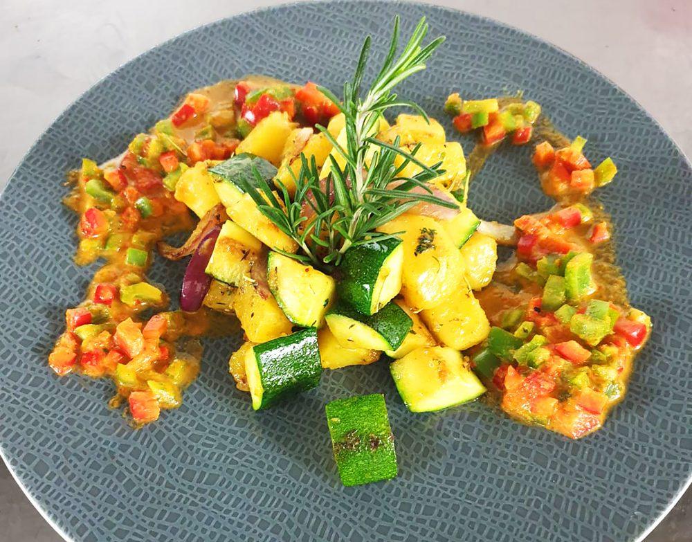 basenfasten - Kartoffel-Zucchiniragout mit Paprika-Concassé (002)