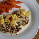 Blumenkohl-Steaks an Safransoße mit Süßkartoffel-Fritten