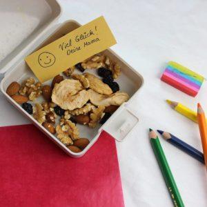 basenreich, Schule, Kinder, Pausensnack, Nüsse
