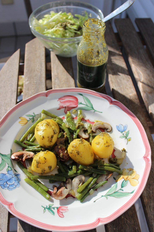 Wacker, Sauce, Kräuter, Salat, Gemüsegrichte